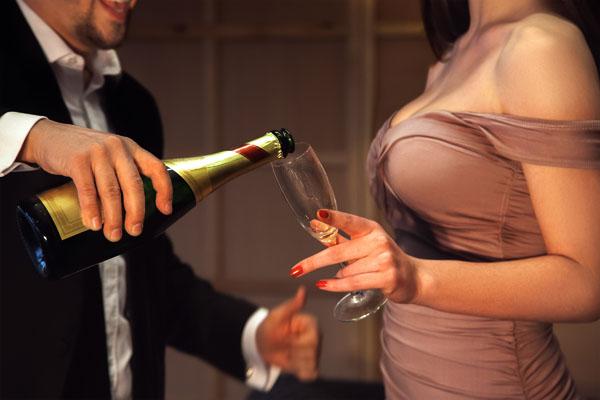 reicher Mann verliebt sich in arme Frau